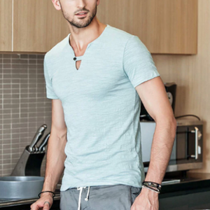 V-neck T-shirt  with short sleeves and a button