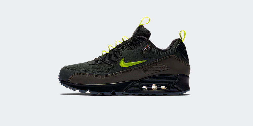 "Nike Air Max 90 x The Basement ""Manchester"""