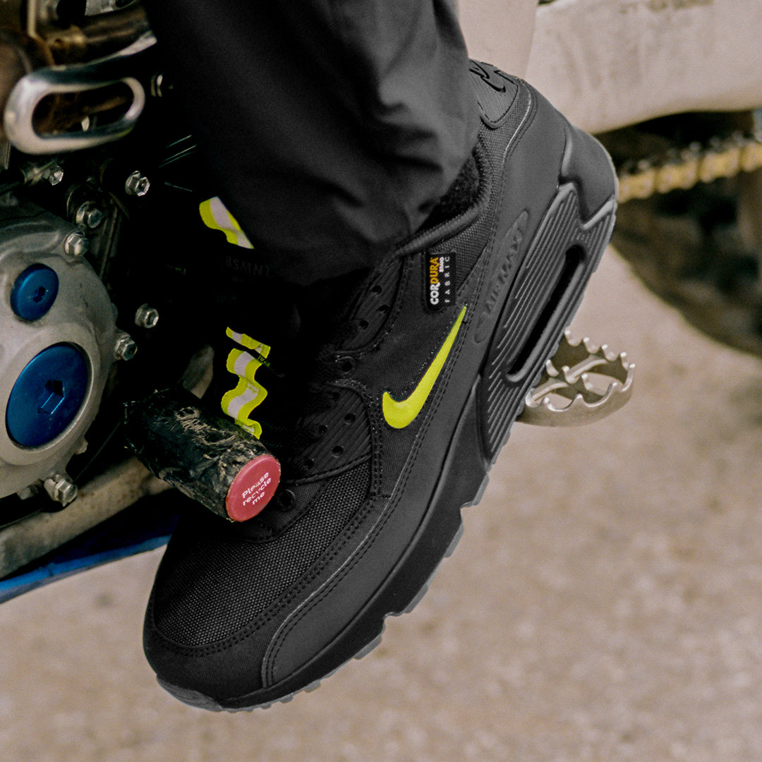 Nike Air Max 90 x The Basement