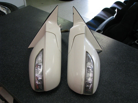 Honda Legend KB1 Side Mirrors With Signal Lights P4220