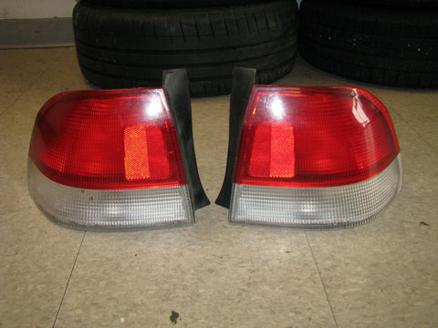 JDM 96-99 Honda Civic Ek EK3 S04 4dr Red & White Rear Taillights Lights OEM RARE