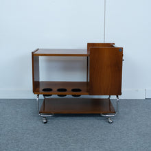 Afbeelding in Gallery-weergave laden, Midcentury wooden trolly