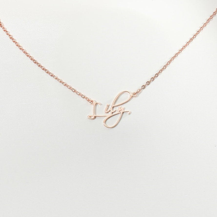 Personalized Script Name Necklaces Personalized Script Name Necklaces - dailypersonalized.comCAVSUAT Store 18K Rose Gold Plated / 45cm