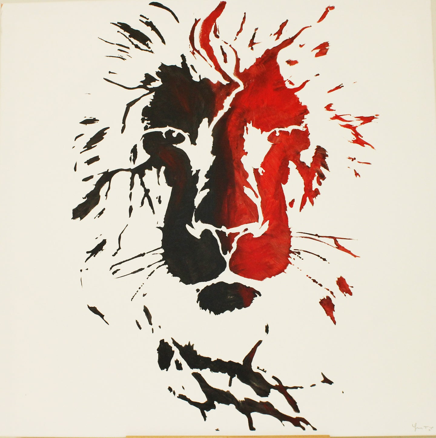 LION red/black