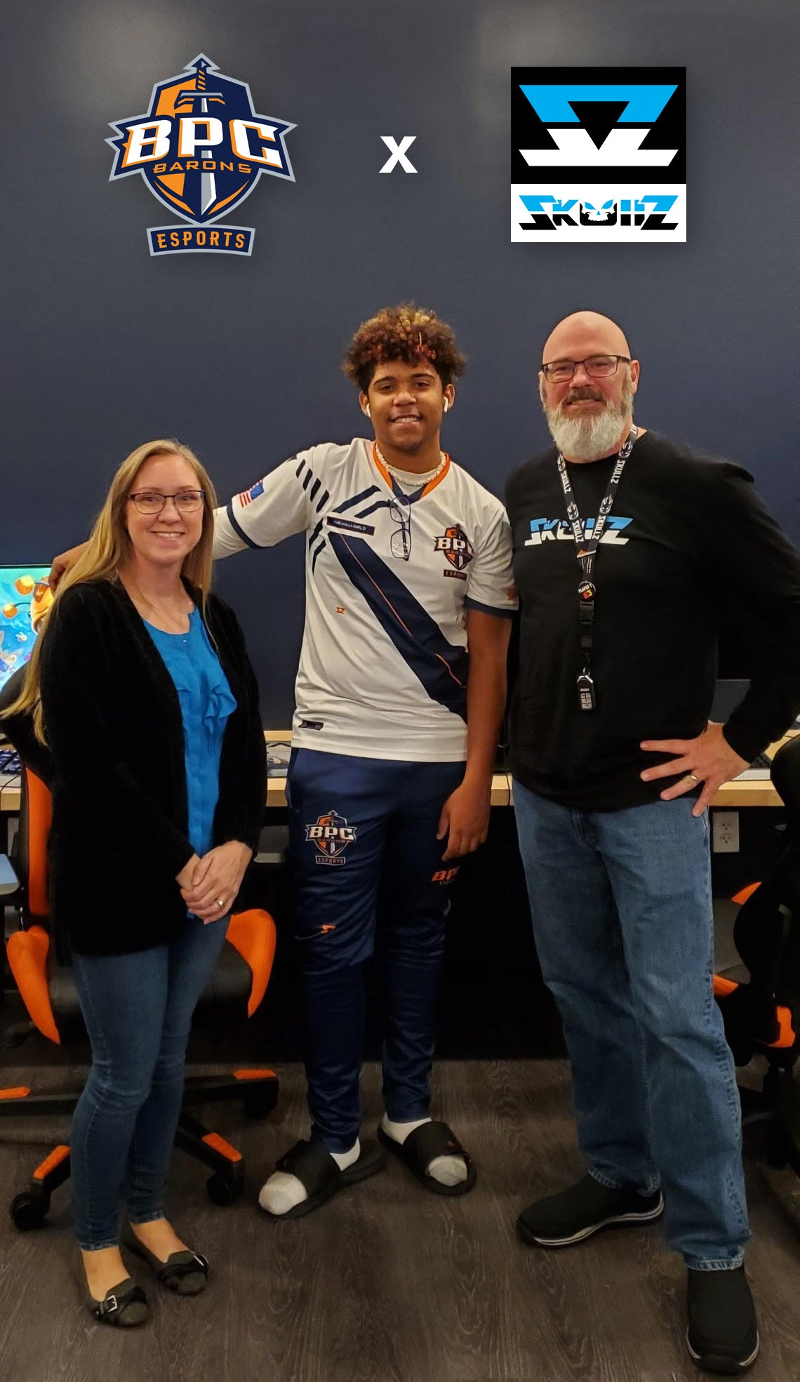 Brewton-Parker College receives esports jersey and gear from Skullz.