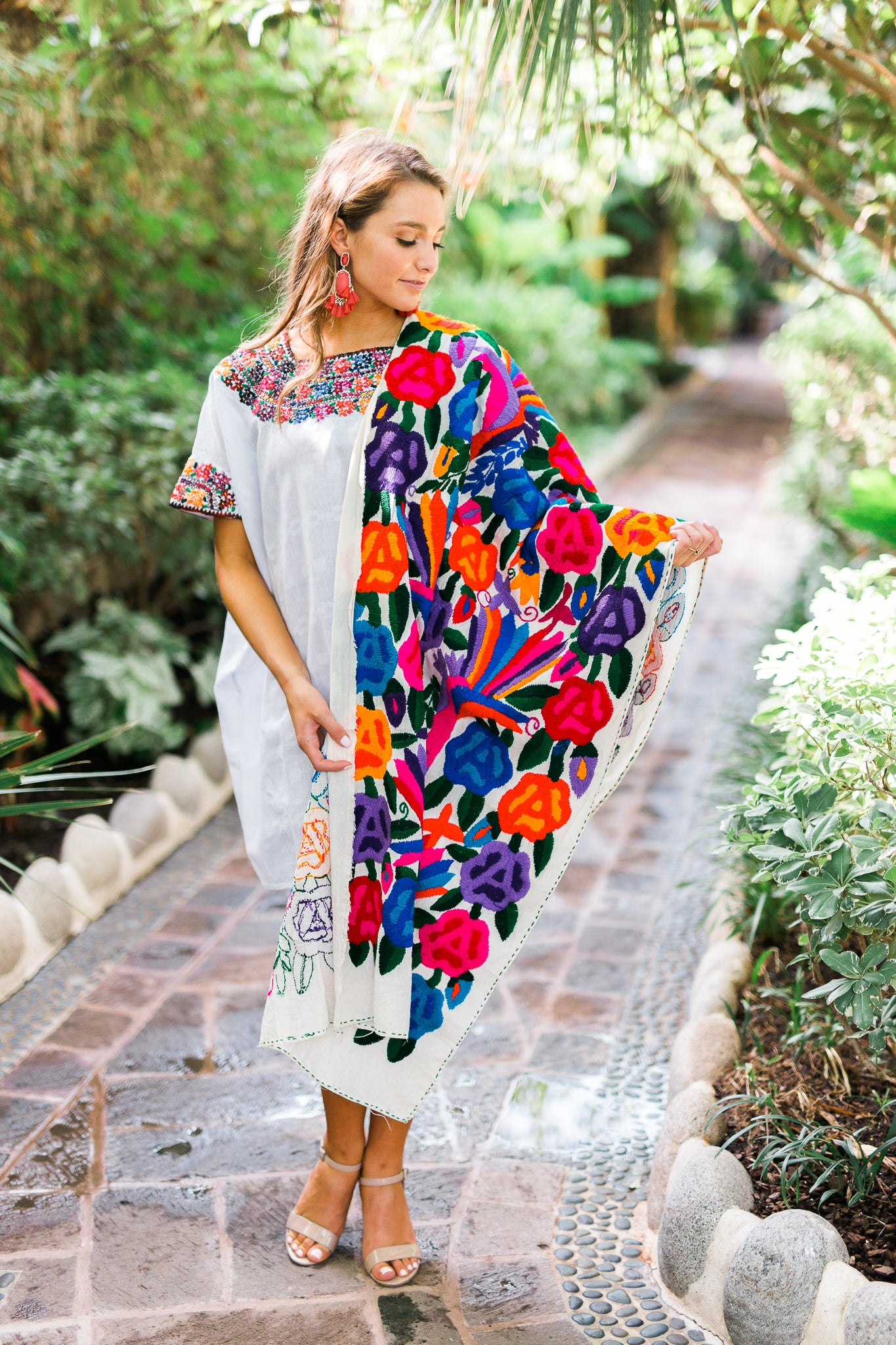 Mexican Embroidered Dresses, Mi Golondrina Dupe
