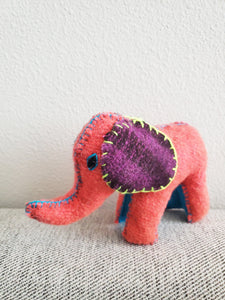 Handmade 100% Wool / Elephant / Mexican Folk Toy