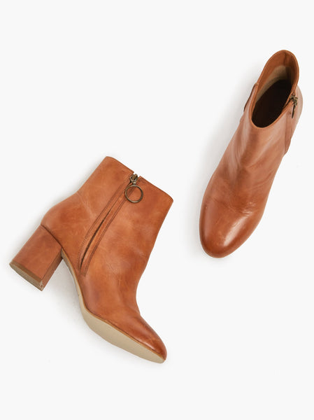 Celina Ankle Boot - Chestnut Napa