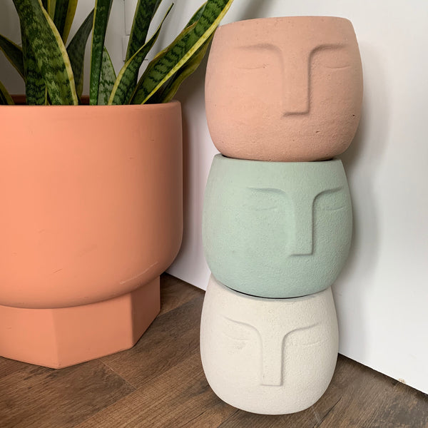Carla Concrete Planter