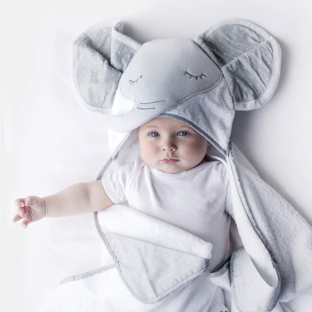 petit elephant1 1Novelty Hooded Towels11