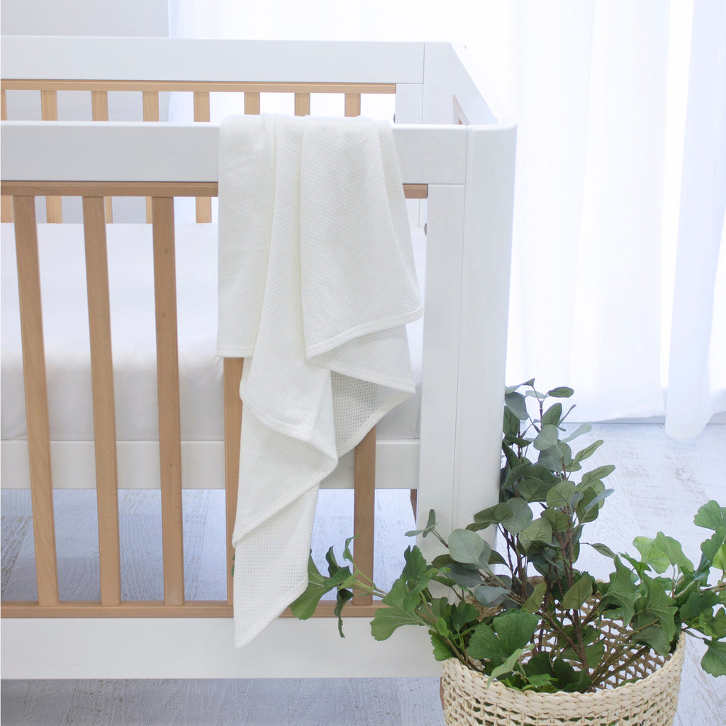 Air+ Swaddle Wrap White