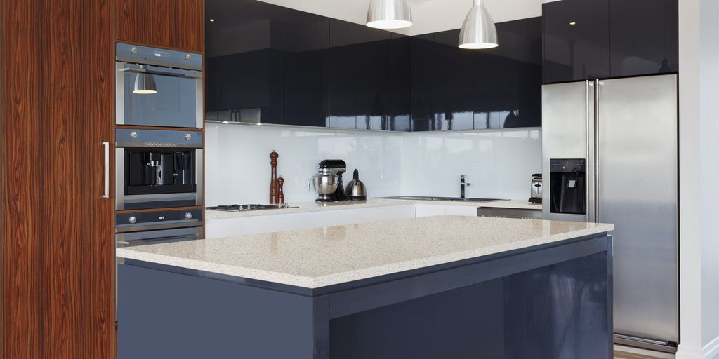 Viatera Quartz Counter-top, Classic Collection, Tundra Ice
