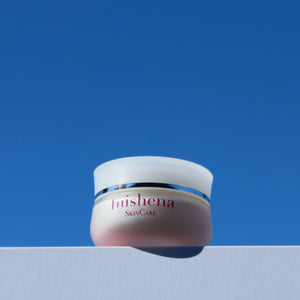 DIVINE AMBROSIA MOISTURISER with 4% VitaNova™ Lifting Elasticity Collagen Facial Creme