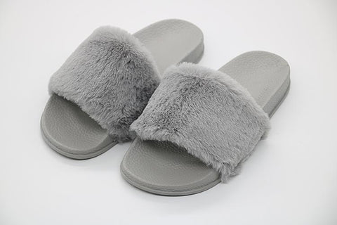 Grå Fibbi Fur Slippers