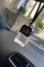Load image into Gallery viewer, Black Car Freshener / Diffuser