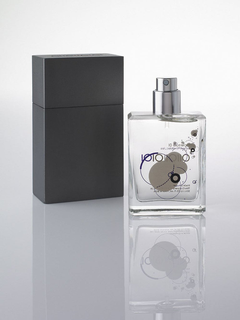 Escentric Molecules Molecule 01 Travel Scent