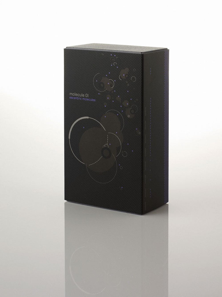 Escentric Molecules Molecule 01 Travel Scent 1