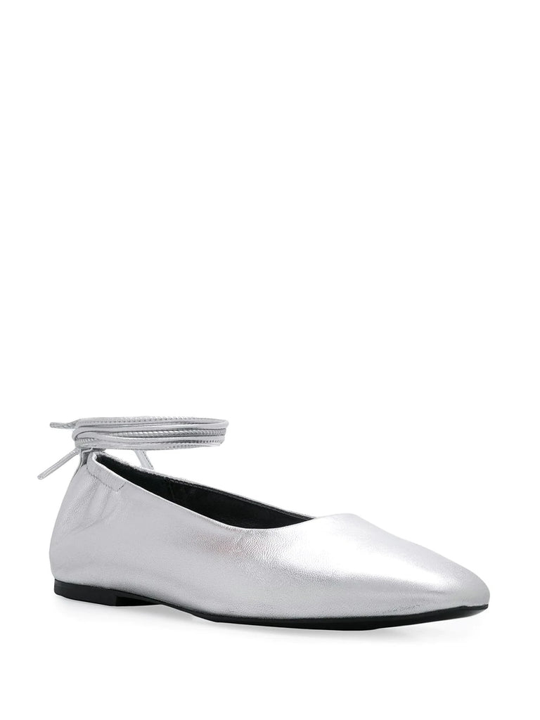 Dorateymur Silver Pumps 1