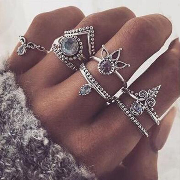 FAMSHIN Bohemian 8pcs/Set Retro Anti Silver Anti Gold Rings Lucky Stackable Midi Rings Set Rings for Women Party 2017 new