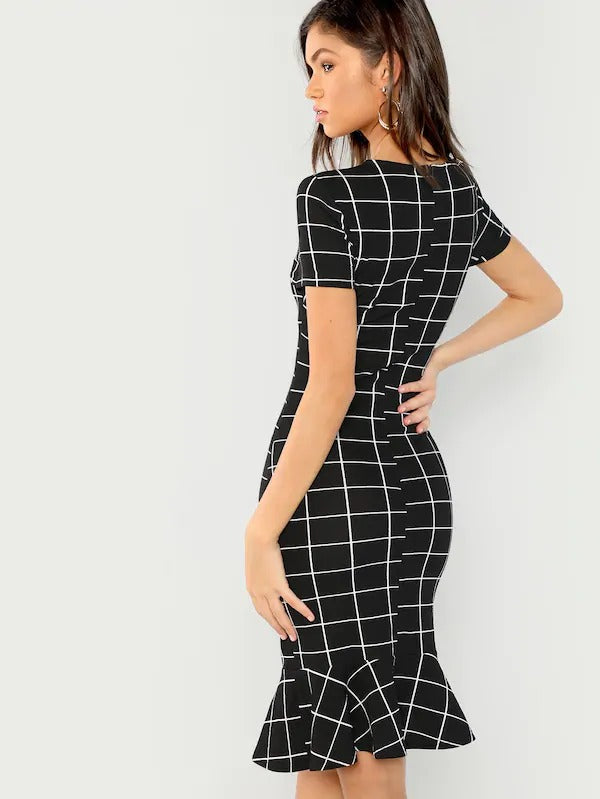 Grid Print Ruffle Hem Bodycon Dress