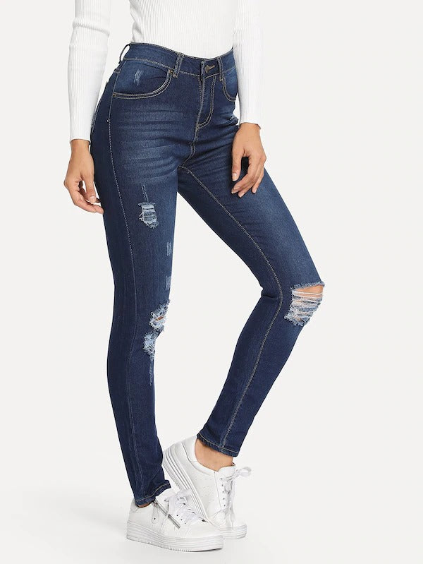 Knee Rips Jeans