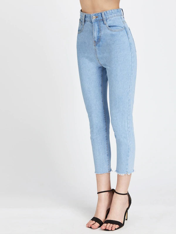 Light Wash Fray Hem Crop Jeans