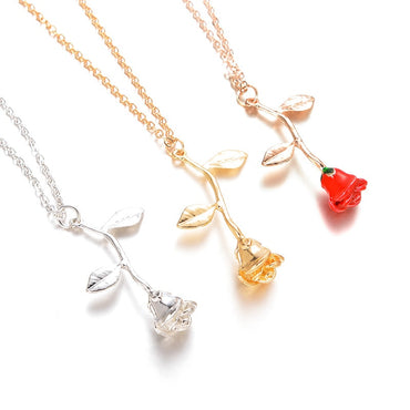 Women Exquisite Rose Pendant Necklace Romantic Style