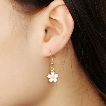 New Korean Fashion Charm Flower Earrings For Girls Women Elegant