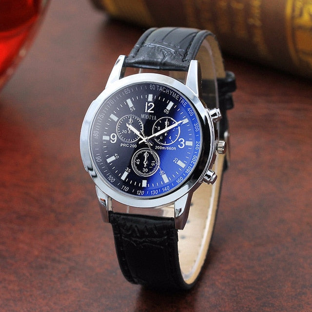 Top Brand Fashion Featured Quartz Watch Three Eyes Watch Quartz Men's Watch Leather Belt