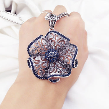 Vintage Flower Long Pendant Necklace Women