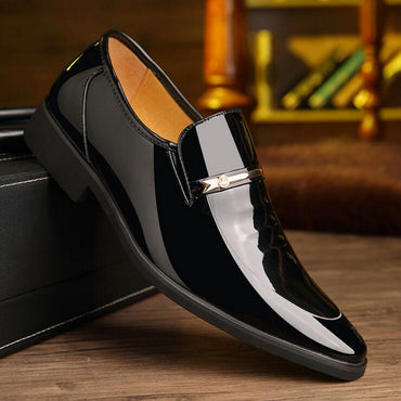 New Fashion Men dress shoes Men pointed business