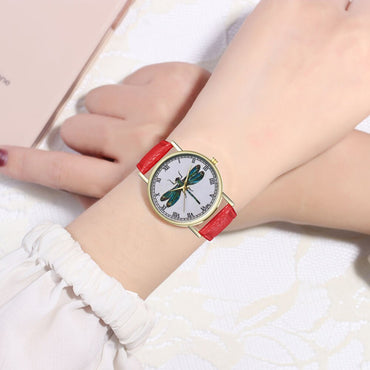 New Women Watch Dragonfly Dial Pattern Fashion Quartz Watch Casual Cartoon