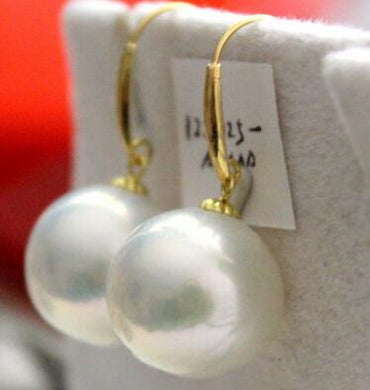 Free shipping a pair of 12-13mm natural south sea round white pearl earring 14