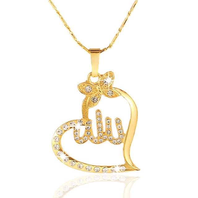 Women Gold Pleated Charm Pendant Necklace