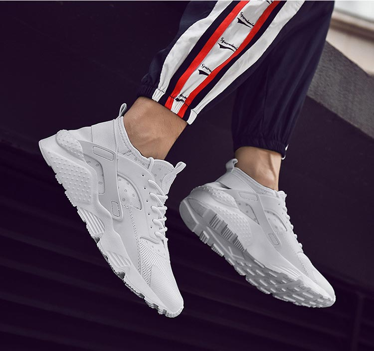 Fashion new breathable mesh shoes