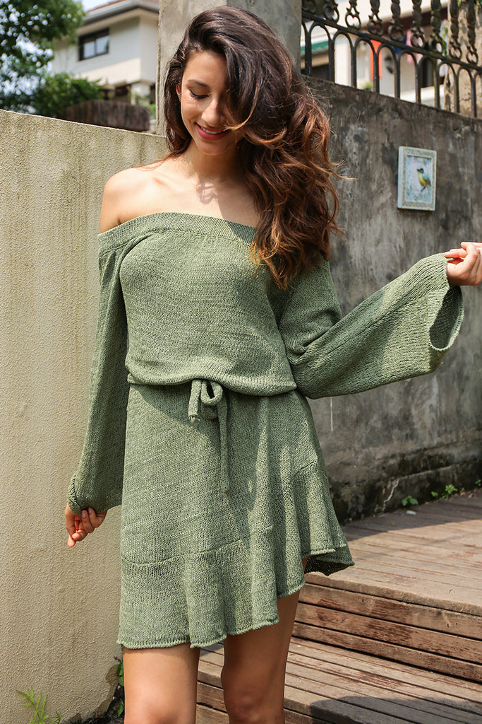 Sexy off shoulder knitting sweater dress