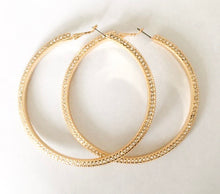 Load image into Gallery viewer, glam hoops | gold