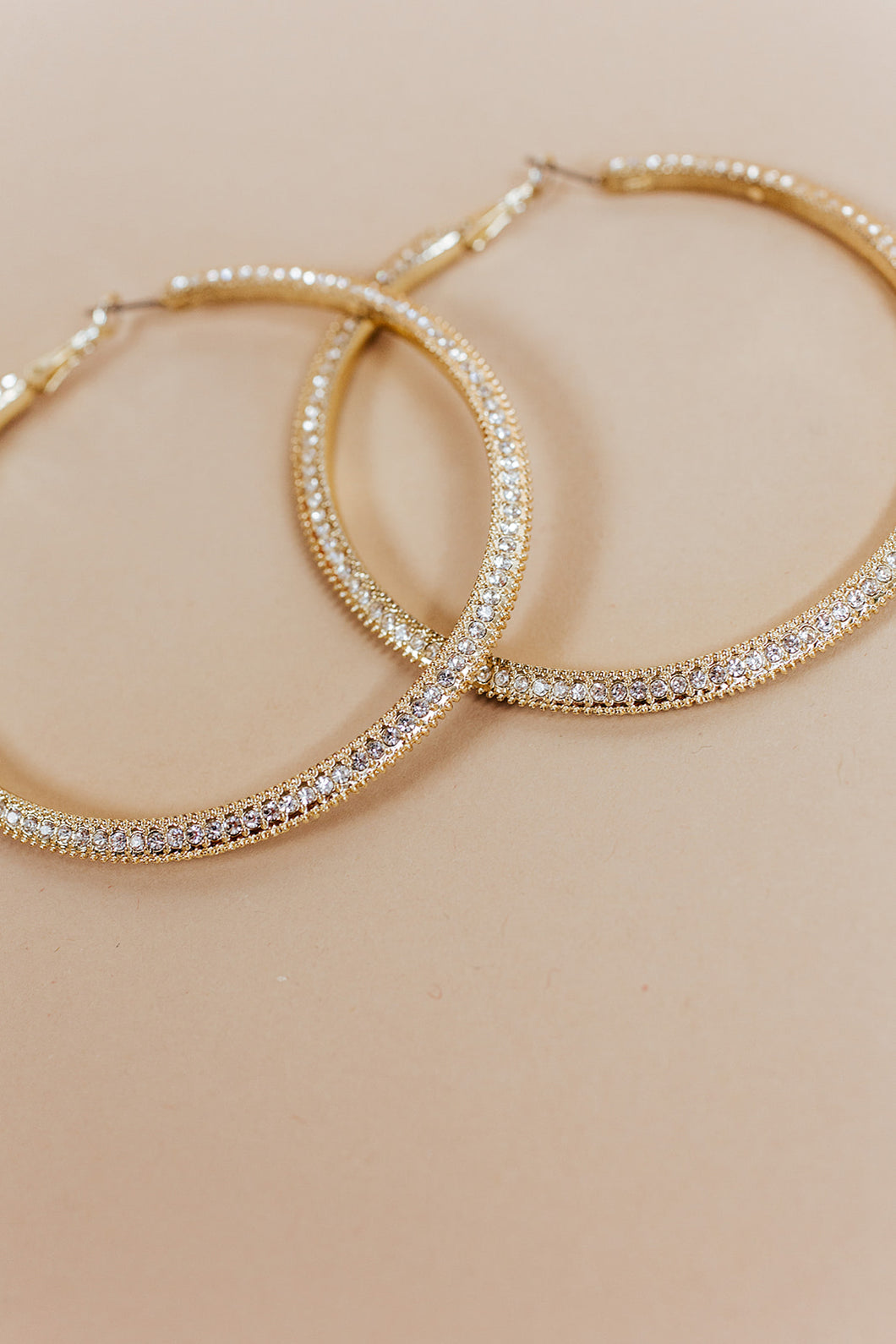 glam hoops | gold