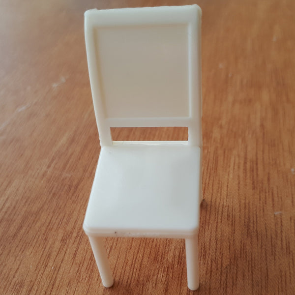 1:24/1:25 dining chair for dollhouse or diorama