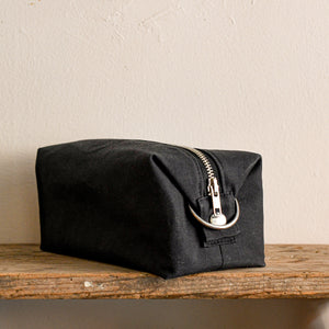waxed canvas cotton dopp kit in black