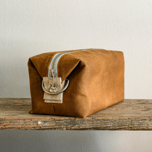 waxed canvas cotton dopp kit in caramel