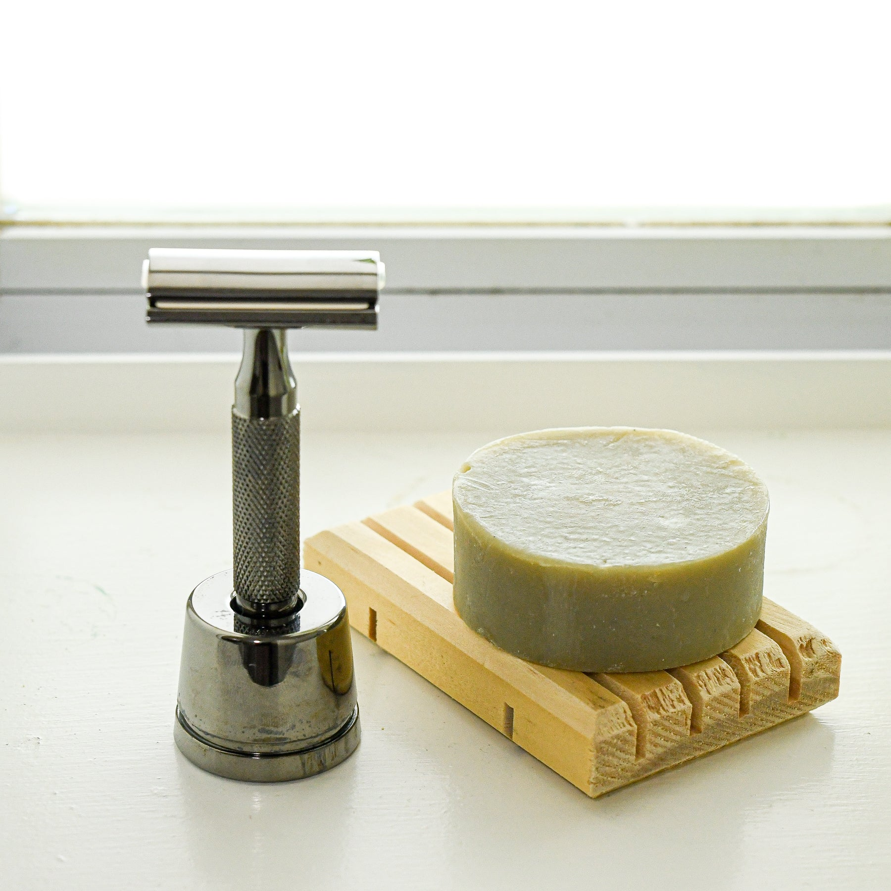 Pine soap tray dish with Rockwell razor and shave/face soap