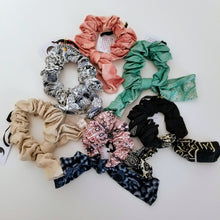 Load image into Gallery viewer, Printed Bow Scrunchie