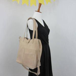 The Siiqqee Large Tote Bag in Light Tan