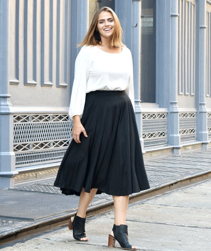 Malala Midi Skirt in Black