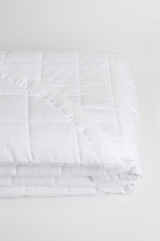 Marea Pre-Washed Linen Quilt