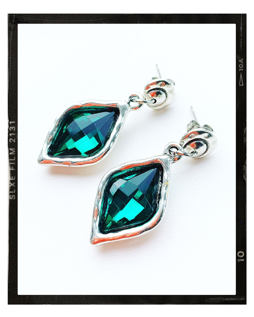 Drop Earrings - Emerald Diamond