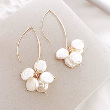 Load image into Gallery viewer, Sea Pearl Drop Earrings