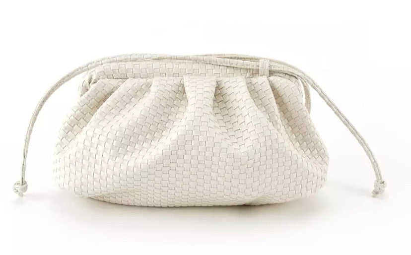 Woven Cloud Bag - Cream