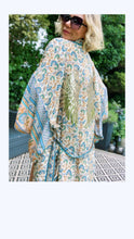Load image into Gallery viewer, JUST PEACHY ANGEL - KIMONO